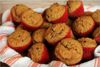 Pumpkin Chocolate Chip Muffins {TMH}