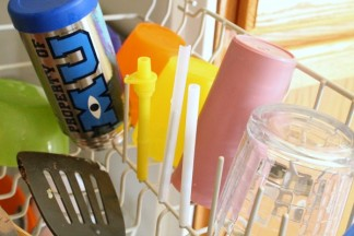 Don't loose or Melt Your Sippy Cup and Thermos Straws In the Dishwasher {Quick Tip}
