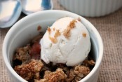 Old Fashioned Apple Crisp
