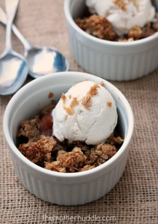 Old Fashioned Apple Crisp {TMH}