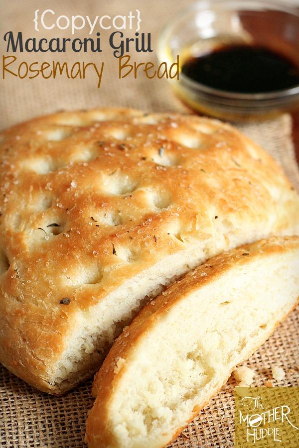 {Copycat} Macaroni Grill Rosemary Bread