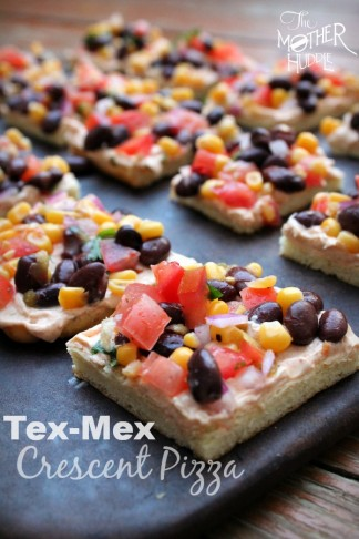 Tex-Mex Crescent Pizza {TMH}