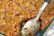 Delicious Rhubarb Crisp