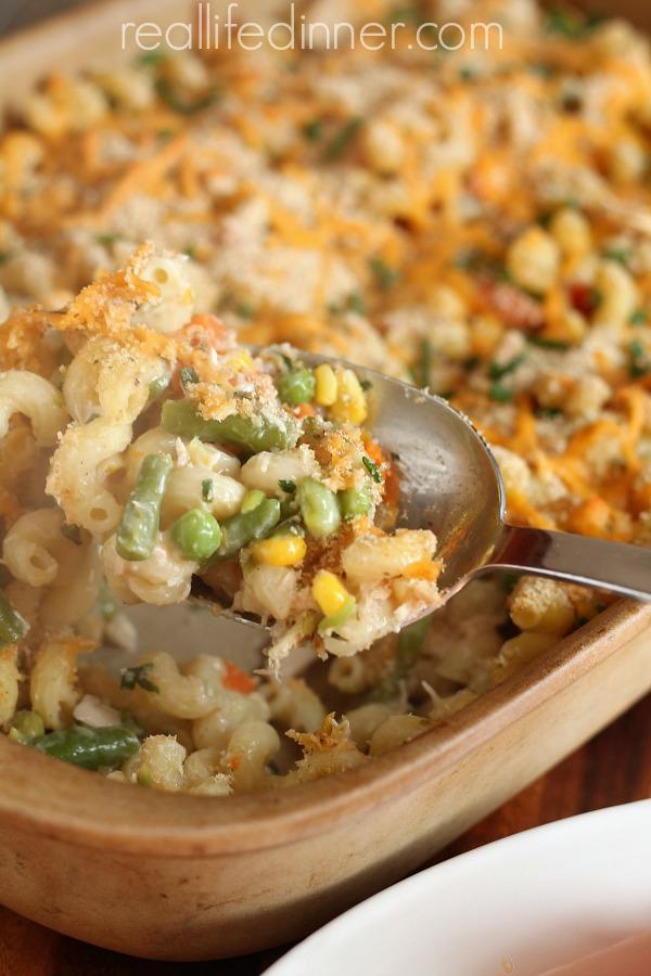 30-minute-tuna-casserole-reallifedinner.com