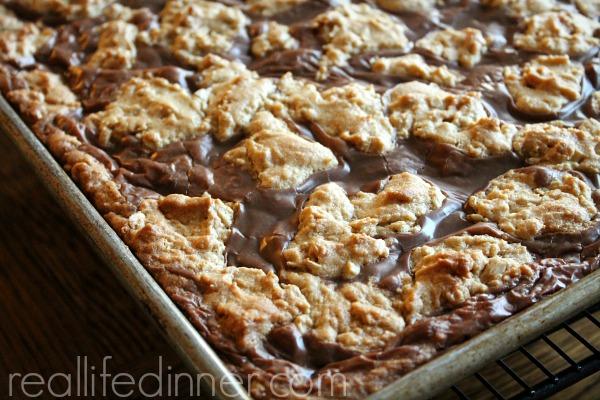 Peanut-Butter-Fudge-Bars-Recipe