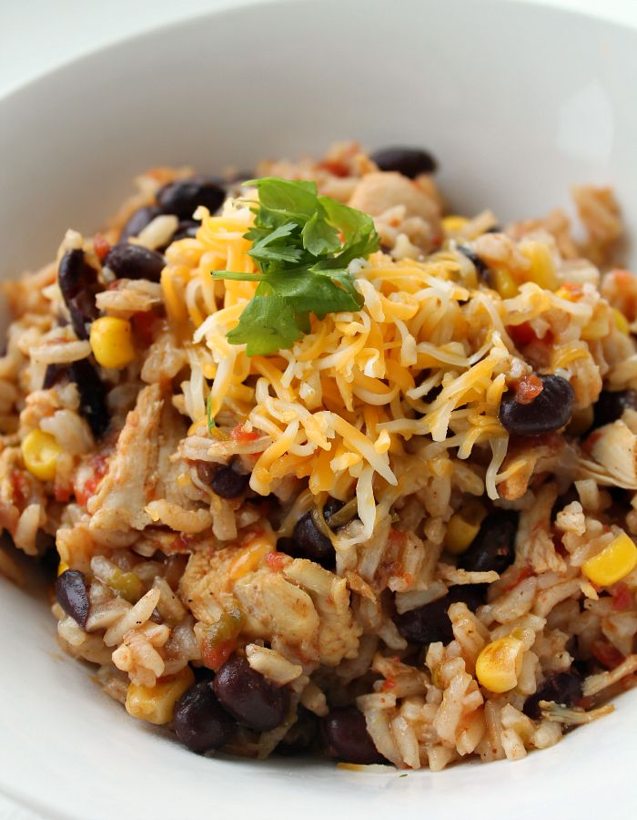 Chicken-taco-and-rice-skillet-dinner-recipe-one-pot-meal