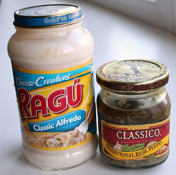 Five-Minute-Pesto-Alfredo-Sauce-with-Chicken