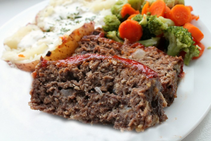 Classic Meatloaf Recipe...just like Mom used to make. |The Best ...
