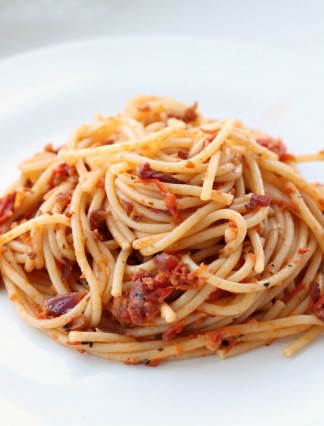 Creamy-Bacon-Spaghetti-Thirty-Minute-Recipe