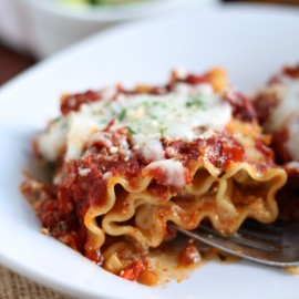 Italian-Sausage-and-Peppers-Lasagna-roll-ups-recipe