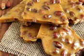Perfect-Peanut-Brittle-Just-like-grandmas