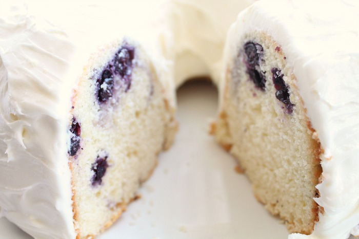 Best-Lemon-Blueberry-Bundt-Cake