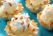 Coconut-Cream-Pie-Pastry-Bites