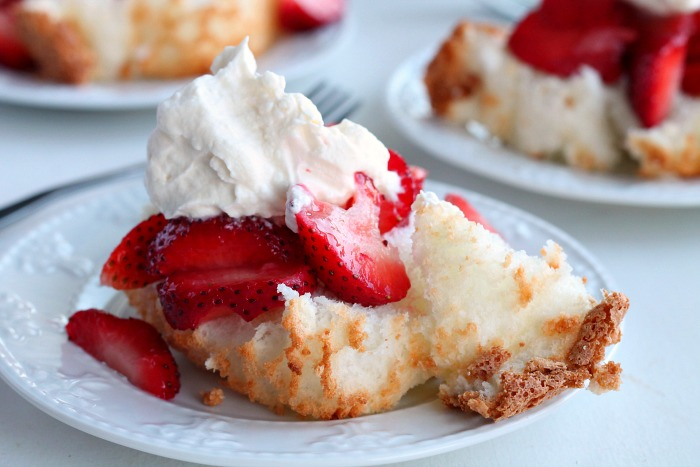 Easy-strawberry-short-cake-with-fresh-whipped-topping
