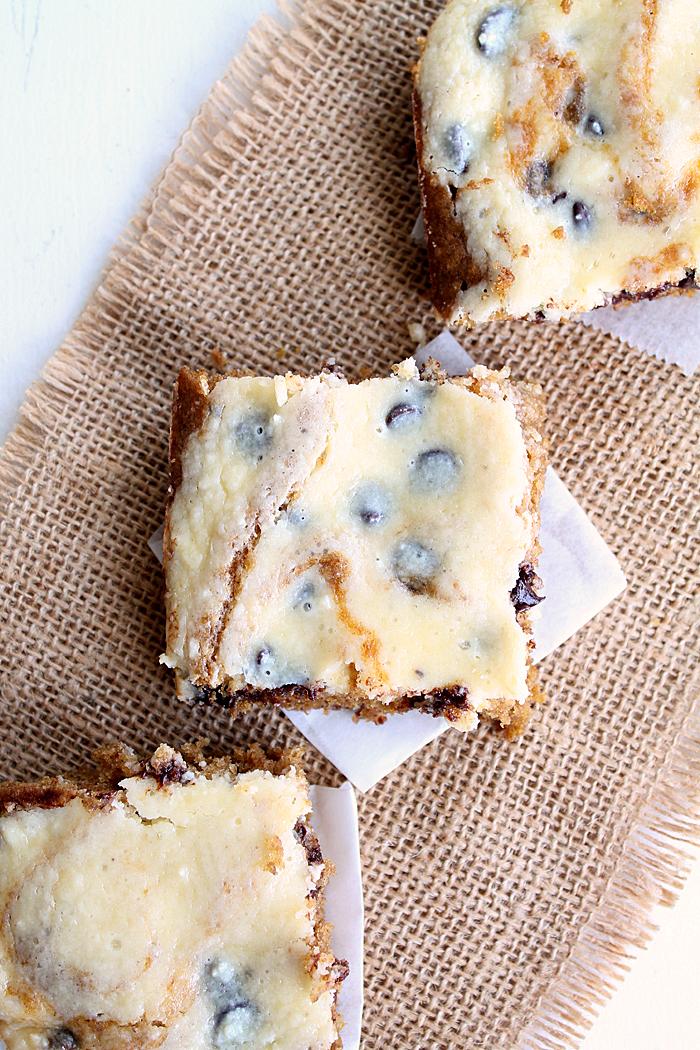 pumpkin-choc-chip-cheesecake-bars-4