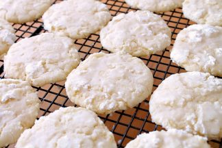 Dreamy Lemon Cookies