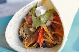 Slow-Cooker-Chicken-Fajitas-4