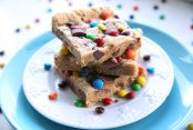 Loaded-Peanut-Butter-Reeses-Bars
